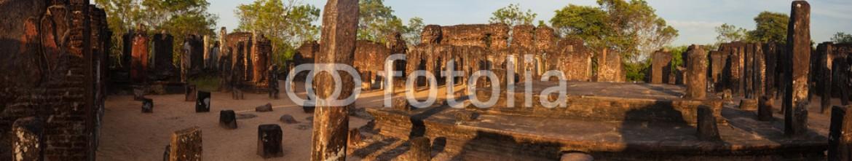 80392395 – Czech Republic – Panorama of ancient ruins in Polonnaruwa, Unesco, Srilanka, Asia