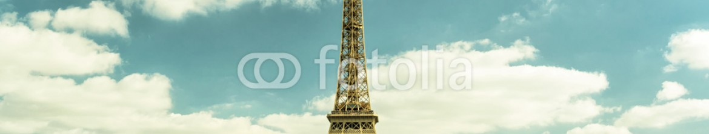 80426542 – Russian Federation – Eiffel tower, Paris skyline