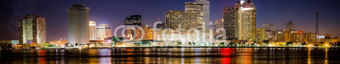 80801404 – United States of America – New Orleans Skyline at Night