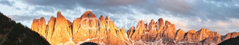 81144924 – Ukraine – Panorama of Geisler (Odle) Dolomites Group