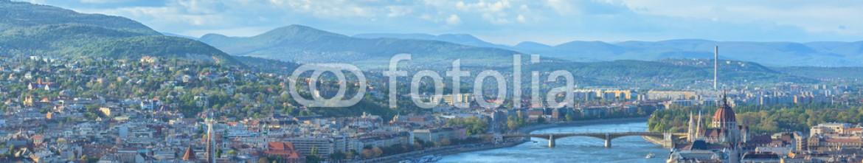 81453079 – Hungary – Panoramic view of Budapest