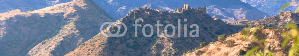 83061258 – Italy – Ruins of ancient castle in Calabria