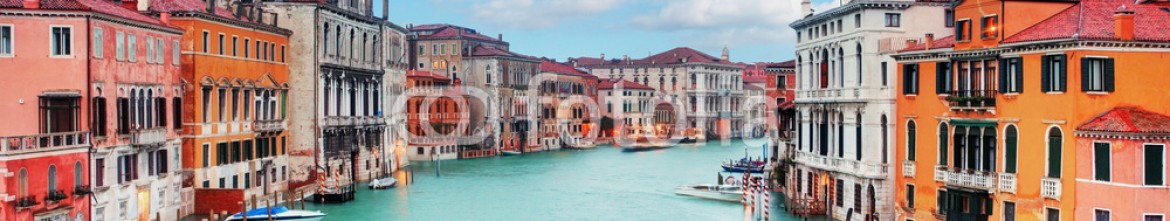 83493227 – Italy – Venice from ponte Accademia