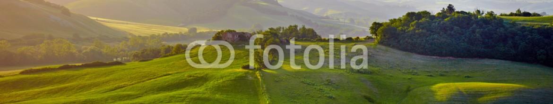 84106057 – Poland – Beautiful Tuscany hills, Italy.