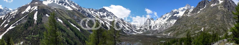 84477135 – Italy – La piana di Combal  in Val Veny – Valle d'Aosta