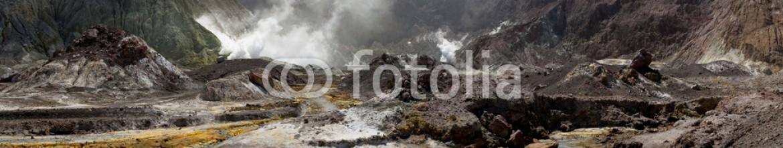 84528043 – New Zealand – Volcanic Wasteland Panorama