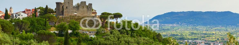 84817355 – Italy – castelnuovo magra castle