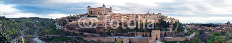 84960395 – Spain – medieval Spain – Toledo over sunset