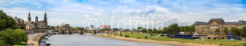 84970189 – Ukraine – Panoramic view of Dresden