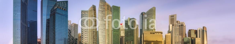 85145500 – Ukraine – Singapore Skyline and view of Marina Bay