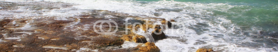 85381985 – Malta – Panoramic view rocks near the sea in Malta