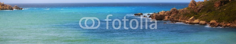 85382475 – Malta – Panoramic view rocks near the sea in Malta