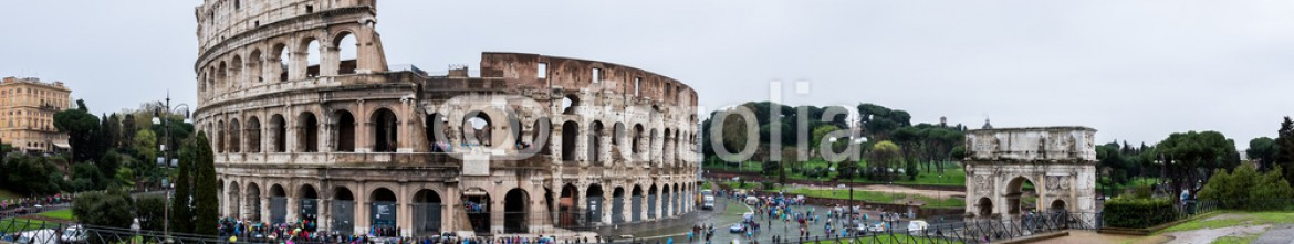 86181131 – Italy – Colosseum and Arch of Constantine