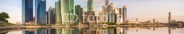 86269499 – Ukraine – Singapore Skyline and view of Marina Bay
