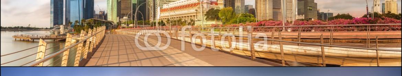 86636546 – Ukraine – Set of Singapore Skyline and view in Marina Bay