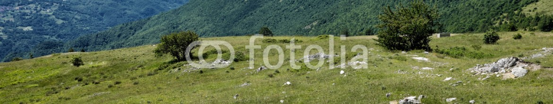 86776092 – Italy – Paesaggio di montagna