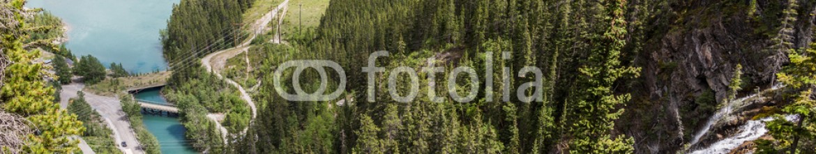 87352517 – Canada – waterfall and the lake in Canmore