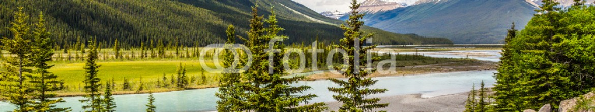 87353399 – Canada – Canadian River in the Rocky
