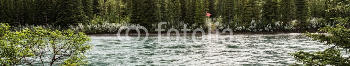 87354421 – Canada – Grotto mountain and the Bow river in Canmore