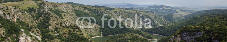 87724552 – Serbia – Canyon of Uvac river