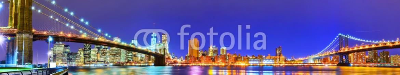 88003452 – United States of America – Panorama of New York City at night