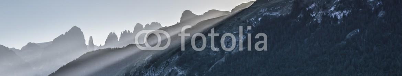 88012680 – Italy – Ultimi raggi di luce