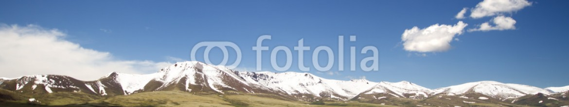 88392424 – Serbia – Mountains with reflection on the lake (kyrgyzstan)