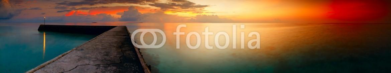 88508016 – Maldives – Panorama of tropical sunset on Maldives