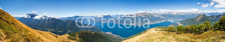 88620935 – Italy – vista aerea dall'Alpe Giumello dei laghi di Como e Lugano – 2015
