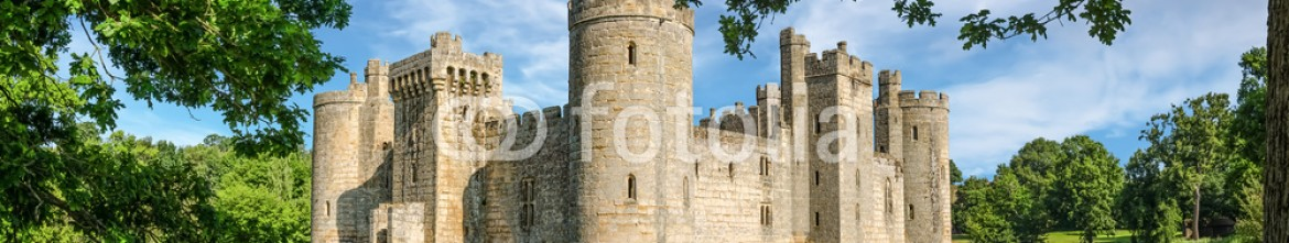 88641632 – United Kingdom of Great Britain and Northern Ireland – Bodiam Castle in England