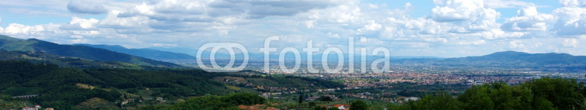 89771218 – Italy – Landscape view of Pistoia, Tuscany, Italy. Beautiful panorama under a cloudy, natural sky.