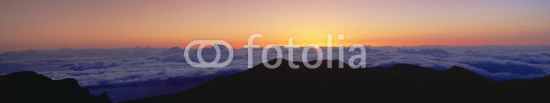 90011546 – United States of America – Sunrise over Haleakala volcano summit, Maui, Hawaii