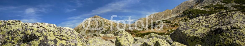 90574084 – Romania – highland view