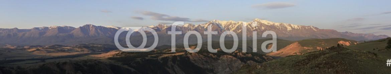 91037204 – Russian Federation – Panorama Kurai steppe and North Chuya ridge at dawn.