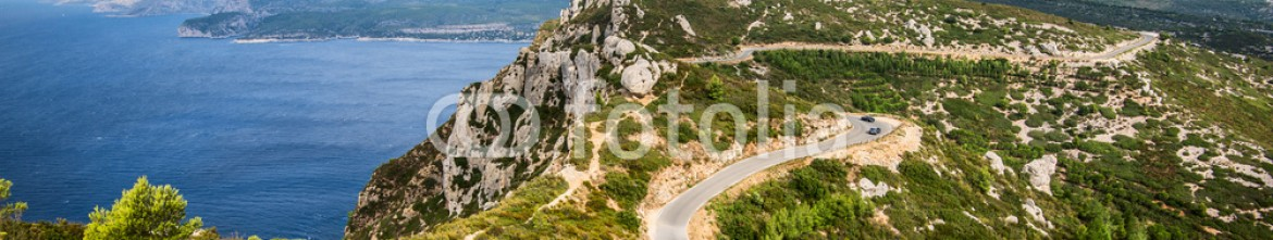 91051124 – Italy – stunning viewpoint from coastal cliff of Cassis Provence France