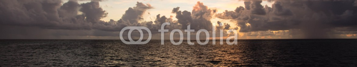 91169880 – Russian Federation – Beautiful cloudy sky at sunset in the tropics