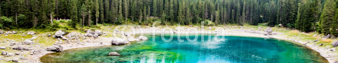 91286767 – Italy – beautiful view of the Lake Carezza (Karersee) in Italy