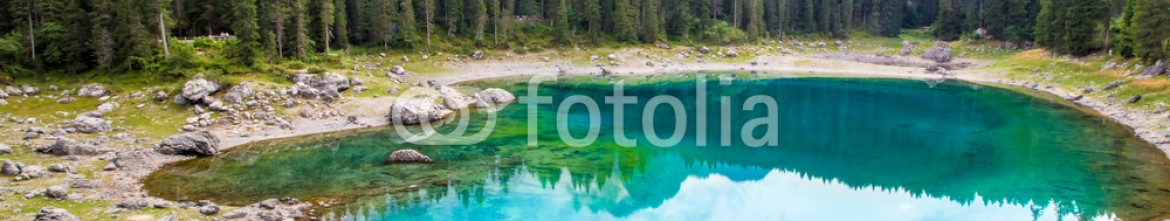 91288948 – Italy – beautiful view of the Lake Carezza (Karersee) in Italy