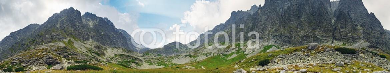 91317521 – Slovakia – Spring in mountain – panorama with peaks, Slovakia Tatras