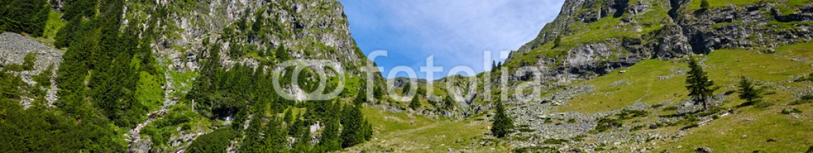 91348400 – Romania – Mountains landscape in a sunny day
