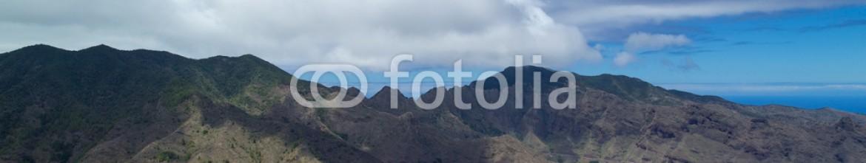91525967 – Spain – La Gomer, Canary Islands, view from Degollada de Peraza