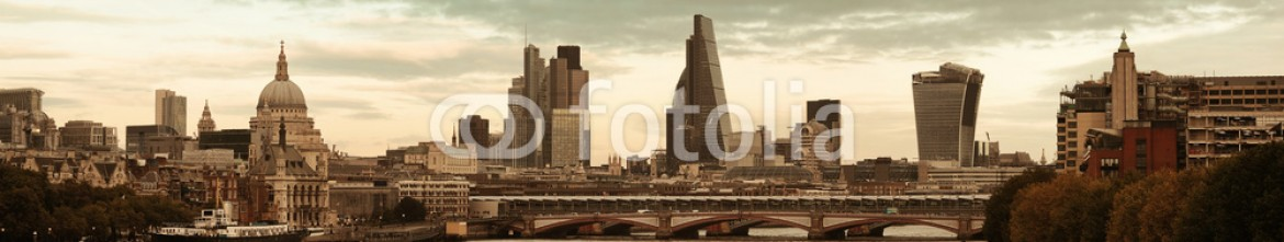 91737396 – United States of America – London cityscape
