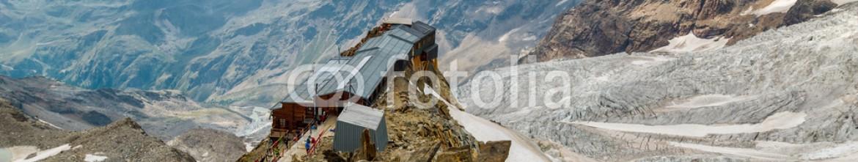 91835432 – Italy – Rifugio Gnifetti at Italian alps, Monte Rosa