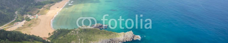 91848636 – Spain – Panoramic view of Urdaibai and Cantabrian coast, Bizkaia, Spain