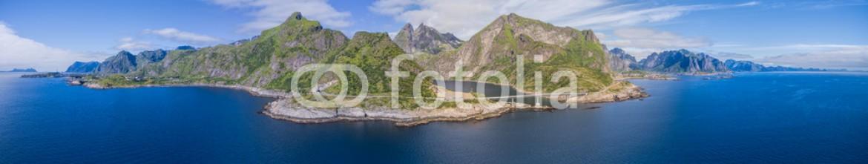92133091 – Norway – Scenic panorama of Lofoten islands