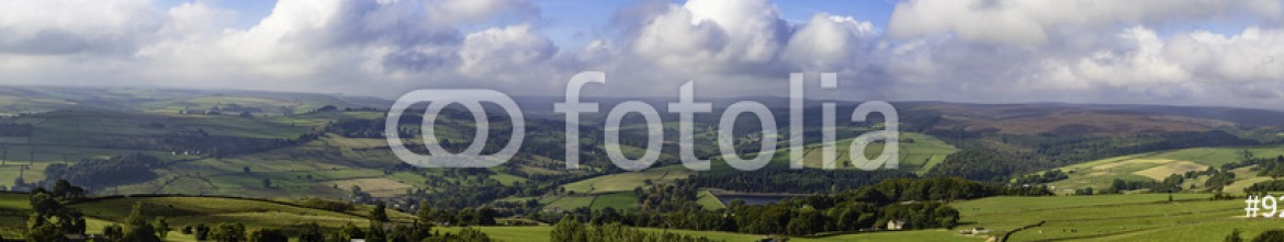 92526537 – United Kingdom of Great Britain and Northern Ireland – Panorama of Yorkshire countryside