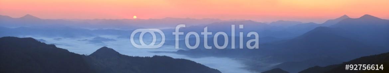 92756614 – Ukraine – In the highlands of Ukrainian Carpathians