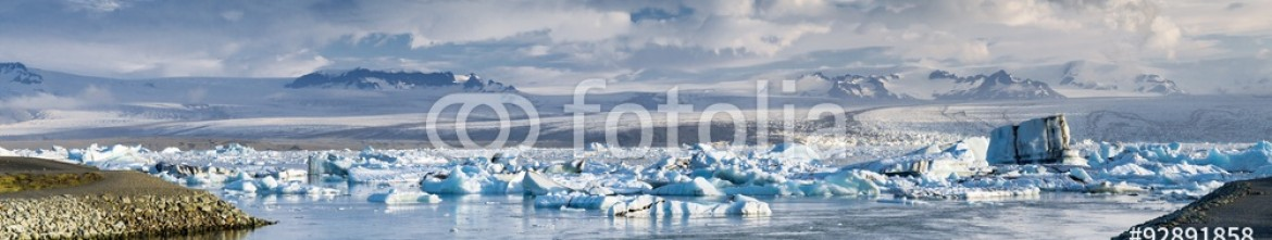 92891858 – Iceland – ice lagoon  with clouds in Iceland