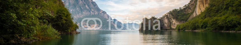92920889 – Italy – Lago D'Iseo