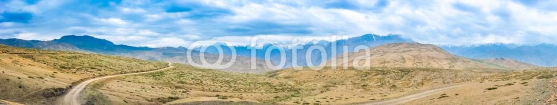 93253584 – India – Panorama Spiti Valley